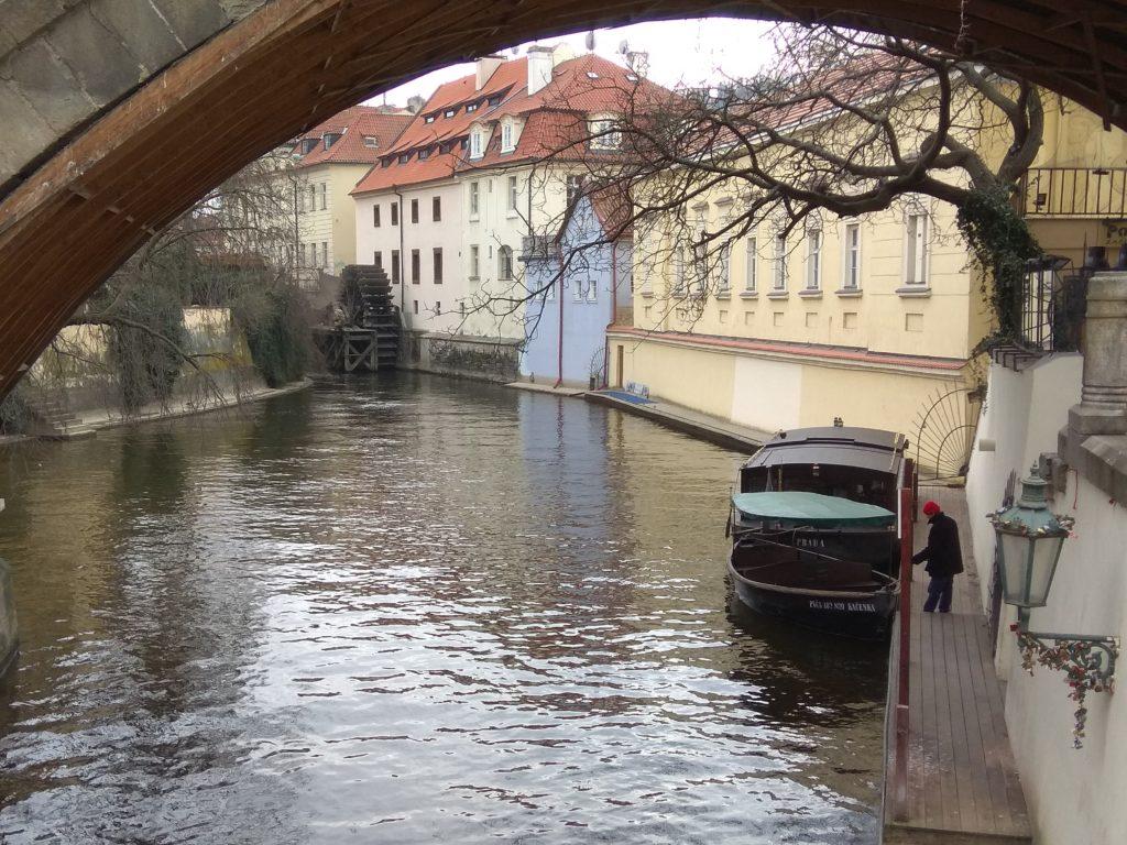 Bootstouren Prager Kleinvenedig auf dem Teufelsbach (Čertvovka)